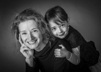 magali-coquard-photographe-famille-maman-fille